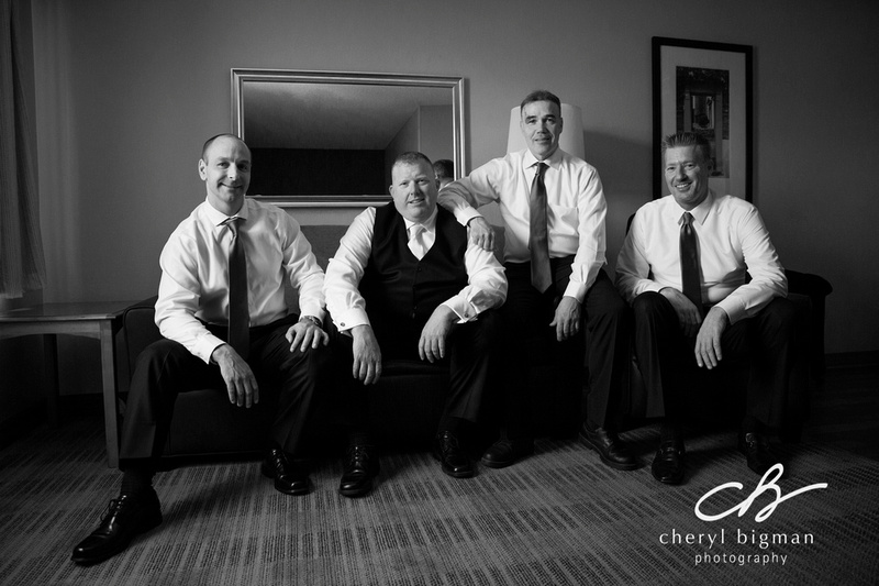 Groom-and-his-Groomsmen-Getting-Ready