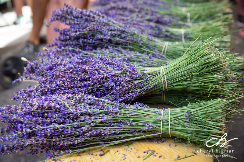 Bunches-of-Lavender-at-Provence-Market