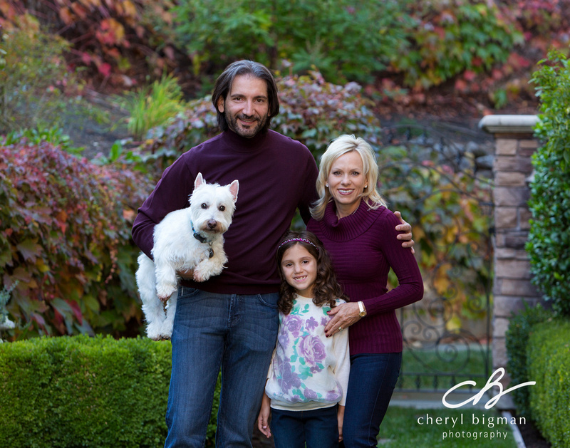 Fall-Family-Portrait-with-Dog